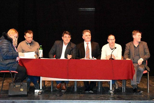 Sastanci zajednice za raspravu